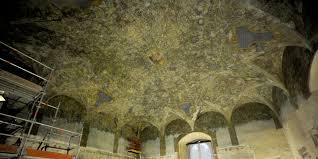 Immagine dell'affresco di Leonardo nella Sala delle Asse